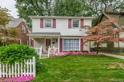 Dearborn Single Family Home For Sale: 211 N Franklin St