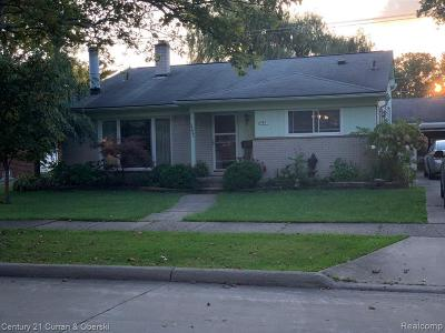 Dearborn Single Family Home For Sale: 6995 Amboy St