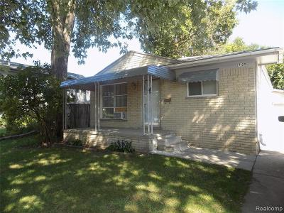Madison Heights Single Family Home For Sale: 27120 Groveland St