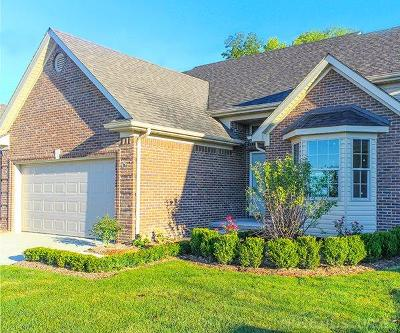 Macomb Twp Condo/Townhouse For Sale: 45917 Beaufort Dr.