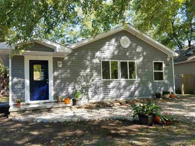 Harrison Twp Single Family Home For Sale: 37145 Jefferson