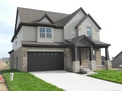 Lake Orion Single Family Home For Sale: 1142 Decker Dr