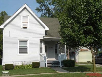 Richmond Multi Family Home For Sale: 68368 Oak Street
