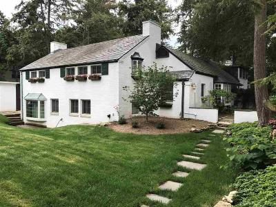 Single Family Home For Sale: 121 Merriweather