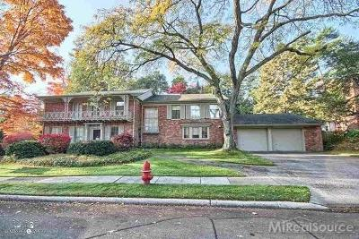 Grosse Pointe Farms Single Family Home For Sale: 35 Tonnancour