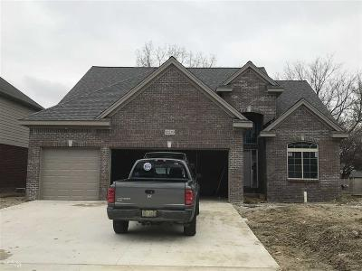 Sterling Heights Single Family Home For Sale: 12250 Jode Pointe