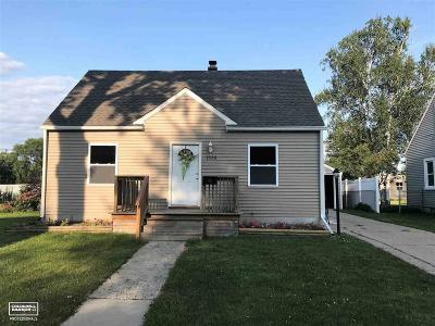 Marysville Single Family Home For Sale: 1533 Colorado