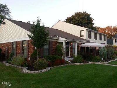 Clinton Township Condo/Townhouse For Sale: 39374 Heatherheath