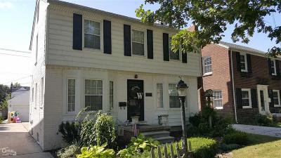 Grosse Pointe Woods Single Family Home For Sale: 1315 Hampton Rd