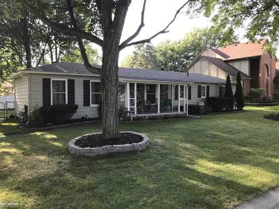 Sterling Heights Single Family Home For Sale: 39343 Augusta Ave