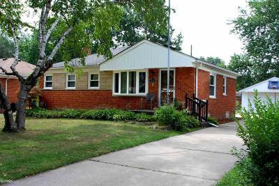 Royal Oak Single Family Home For Sale: 1512 Midland