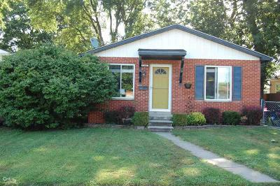 Madison Heights Single Family Home For Sale: 27116 Townley