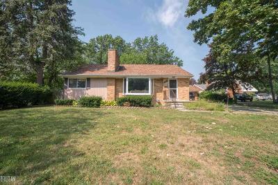Warren Single Family Home For Sale: 23821 Cunningham