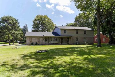 Grosse Pointe Shores Single Family Home For Sale: 1004 Lake Shore
