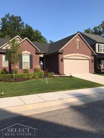 Warren Condo/Townhouse For Sale: 29840 Trailwood
