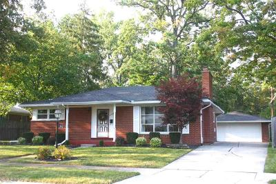 Trenton Single Family Home For Sale: 2932 Elmwood Ave
