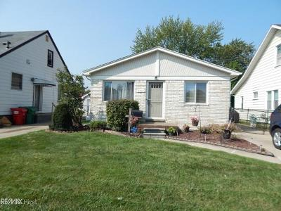 Eastpointe Single Family Home For Sale: 22841 Piper