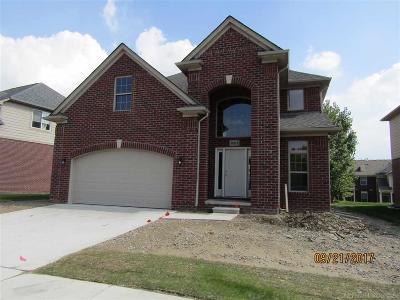 Warren Single Family Home For Sale: 30110 Trailwood Dr