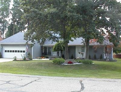 Harrison Twp Single Family Home For Sale: 39273 Chart