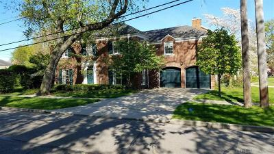 Grosse Pointe Farms Single Family Home For Sale: 251 Kenwood Court
