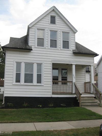 Center Line Single Family Home For Sale: 8100 Ritter