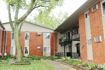 Royal Oak Condo/Townhouse For Sale: 4021 Benjamin