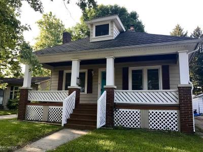 Port Huron Single Family Home For Sale: 1218 Cypress