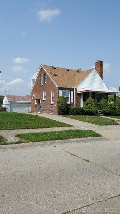 Detroit Single Family Home For Sale: 20437 Bramford