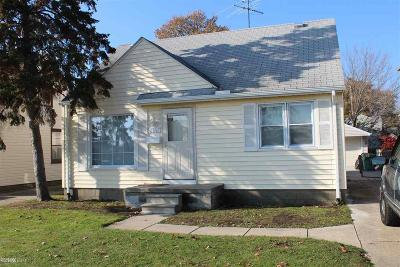 Eastpointe Single Family Home For Sale: 23747 Schroeder