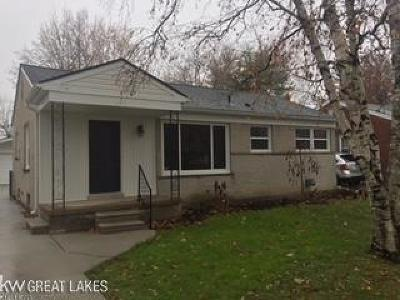 Macomb Single Family Home For Sale: 22924 Lingemann