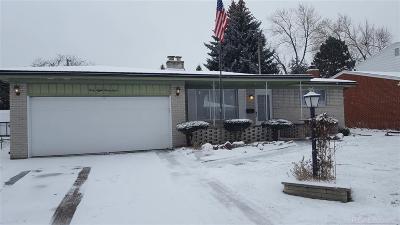 Warren Single Family Home For Sale: 4838 Bates Dr