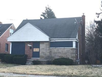 Detroit Single Family Home For Sale: 11742 Roxbury
