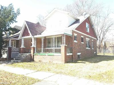 Detroit Single Family Home For Sale: 15495 Littlefield