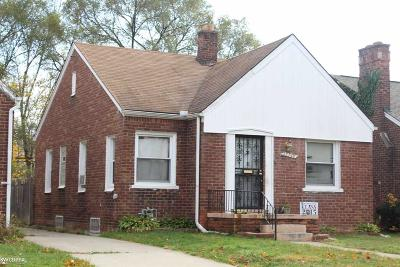 Detroit Single Family Home For Sale: 15746 Coyle