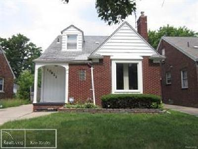 Detroit Single Family Home For Sale: 10621 Nottingham Rd