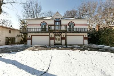 Grosse Pointe Park Single Family Home For Sale: 749 Middlesex