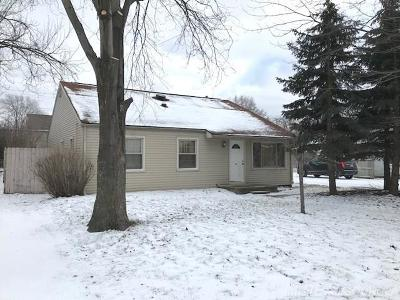 Plymouth Single Family Home For Sale: 8820 Sheldon
