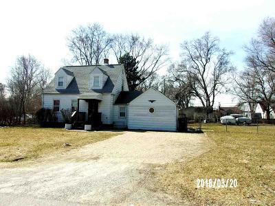 Utica Single Family Home For Sale: 47075 Frederick