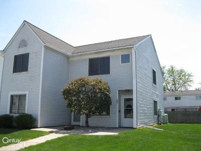 Mount Clemens Condo/Townhouse For Sale: 57 Rosebud Ln