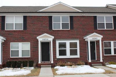 New Baltimore Condo/Townhouse For Sale: 50756 Woodbury Dr.