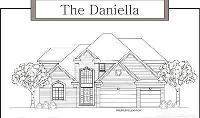 New Baltimore Single Family Home For Sale: 35825 Windridge
