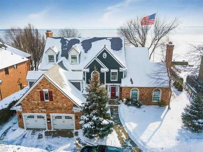 Grosse Pointe Single Family Home For Sale: 2 Sycamore Ln