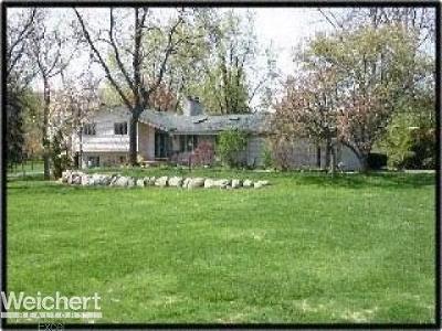 Single Family Home For Sale: 2509 Lake Charnwood