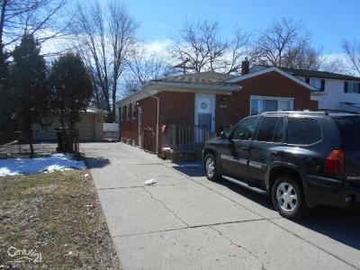 Roseville Single Family Home For Sale: 16960 Martin