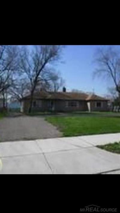Warren Single Family Home For Sale: 13860 Leonard