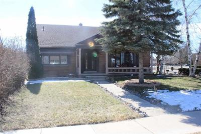 Macomb Single Family Home For Sale: 16710 College