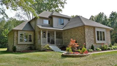 Algonac Single Family Home For Sale: 9145 Folkert