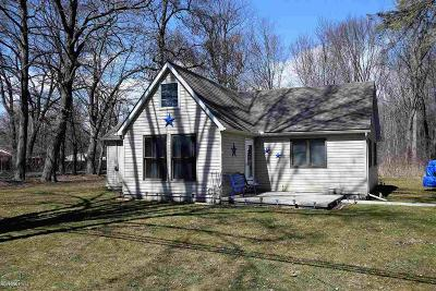 Algonac Single Family Home For Sale: 4926 Taft