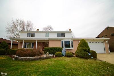 Harrison Twp Single Family Home For Sale: 41393 Gloca Mora