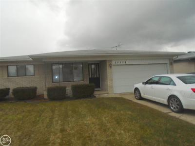 Sterling Heights MI Single Family Home For Sale: $207,500
